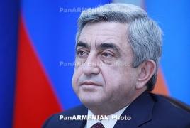 Serzh Sargsyan congratulates Armenian people on Constitution Day