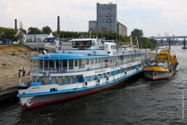 Death fee reaches 88 in Bulgaria Russian riverboat disaster
