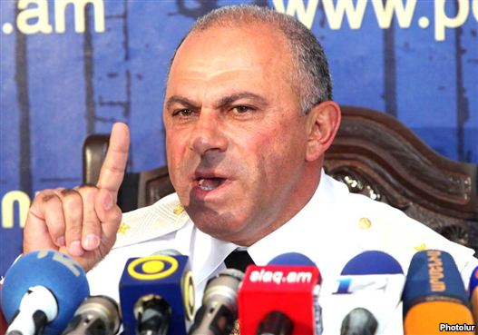 Armenia - Lieutenant-General Alik Sargsian, arch of a Armenian police, binds a news discussion (file photo)