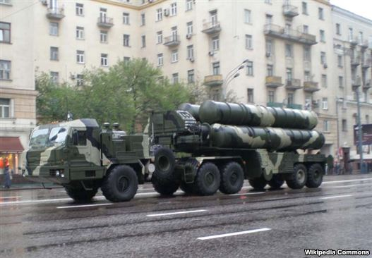 Russia - S-400 air-defense systems are put on arrangement in Moscow.