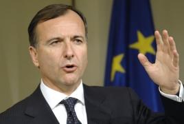 Minister: Gadhafi designed to spin Italian island of Lampedusa into