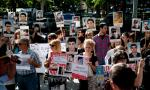 Families of soldiers killed in army, activists theatre criticism impetus in Yerevan
