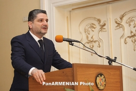 PM congratulates Armenian students on Knowledge Day
