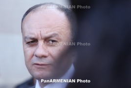 Armenian Defense Minister meets families of perished soldiers