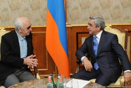 Serzh Sargsyan, Charles Aznavour plead Armenia-French ties